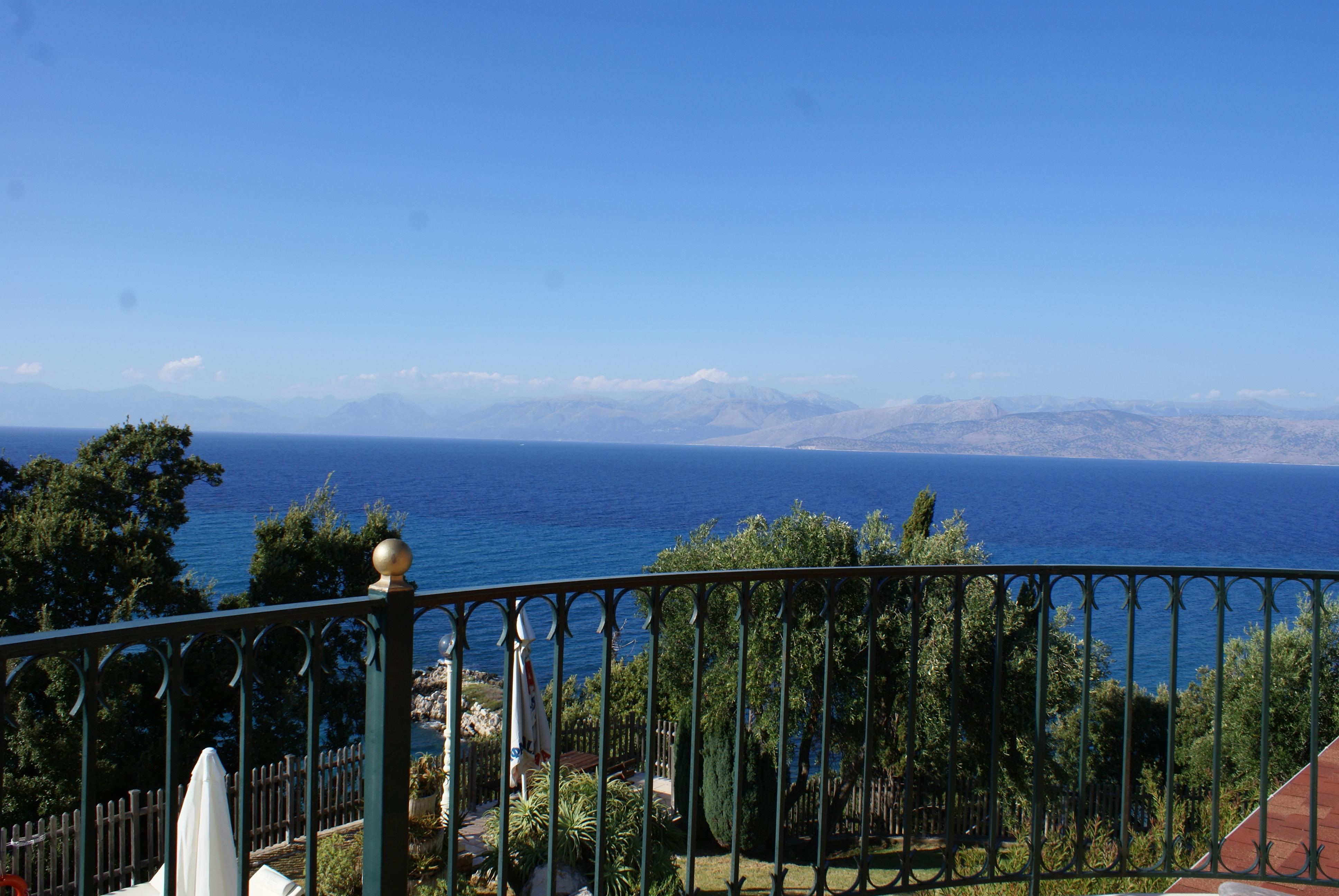Blick nach Albanien - Korfu Villa Sankt Nikolas Strandhaus, Agios Spiridon, KorfuCorfu