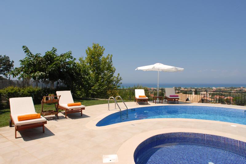 Pool 2 - Korfu Villa Mare e Monti, Almiros, KorfuCorfu.de