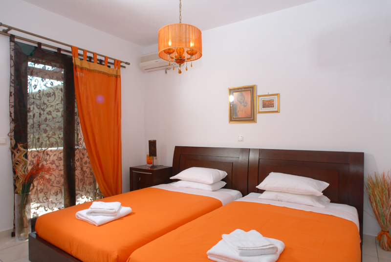 Schlafzimmer 1 - Korfu Villa Mare e Monti, Almiros, KorfuCorfu.de
