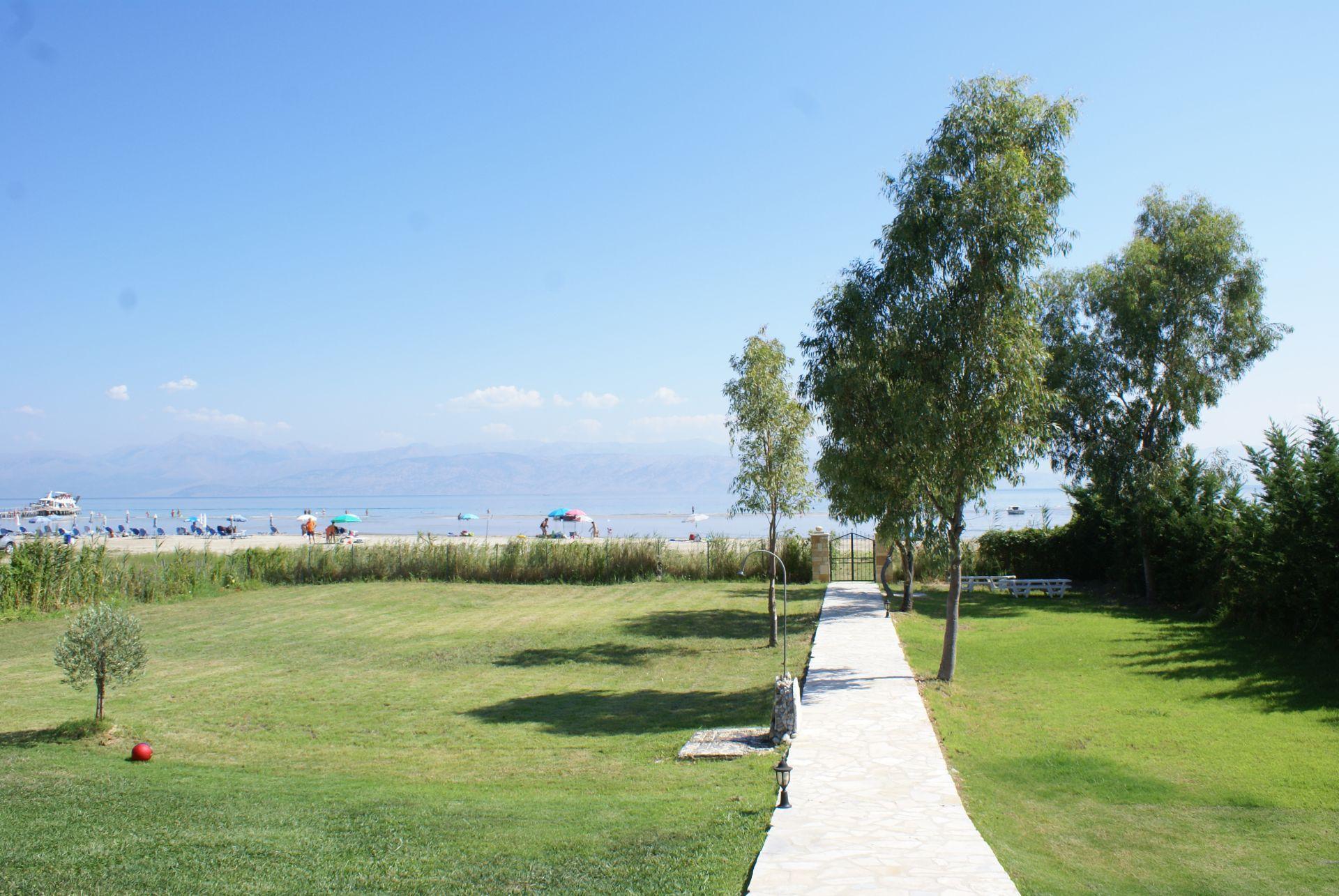 Blick aufs Meer - Korfu Strandvilla Villa Meer, Kalamaki, KorfuCorfu