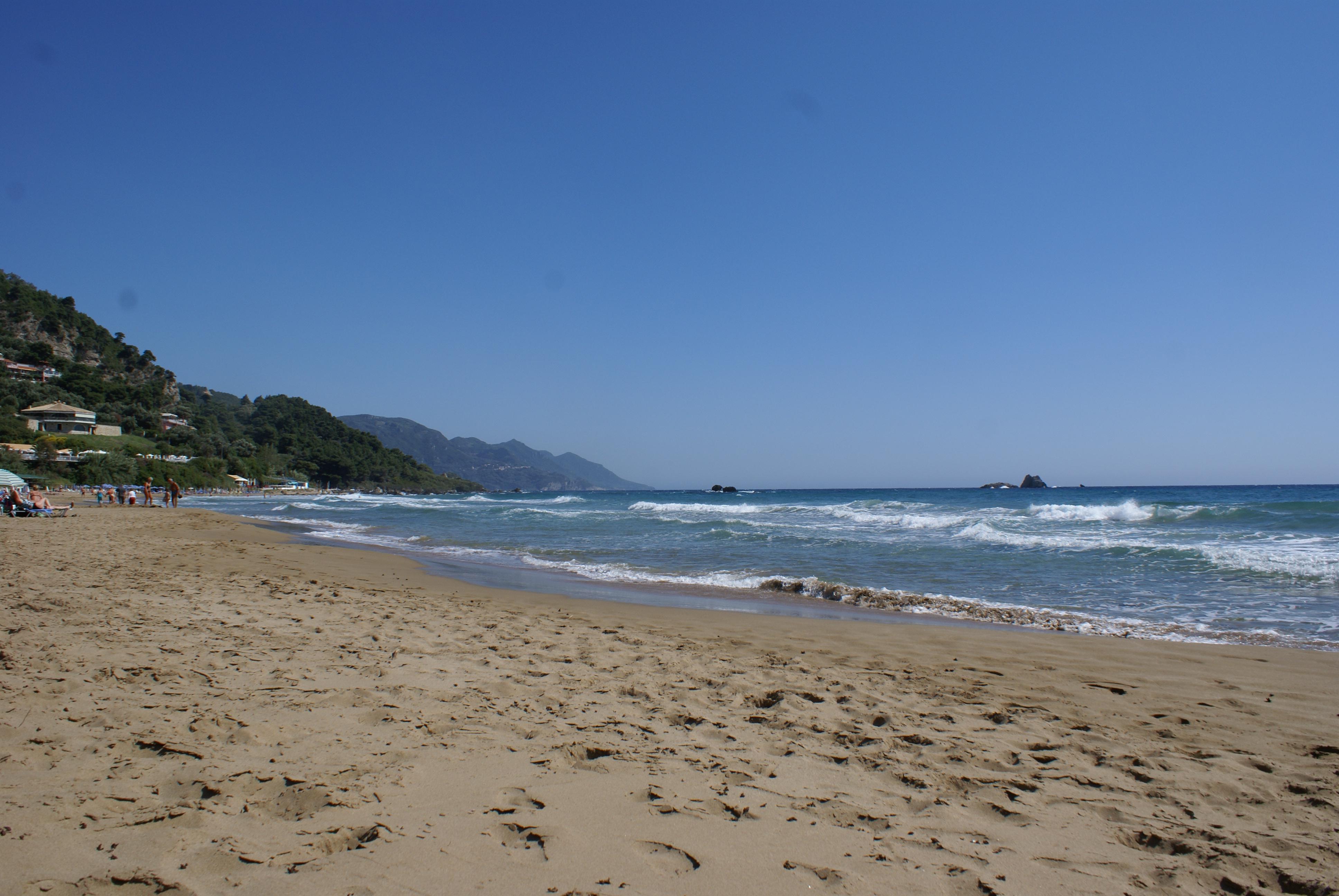 Strand von Pelekas, Korfu, Griechenland