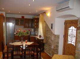 Wohnzimmer / Küche - Ferienwohnung Marina, Makrades, Korfu, Griechenland