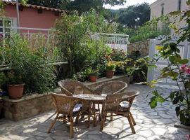 Innenhof - Ferienwohnung Marina, Makrades, Korfu, Griechenland